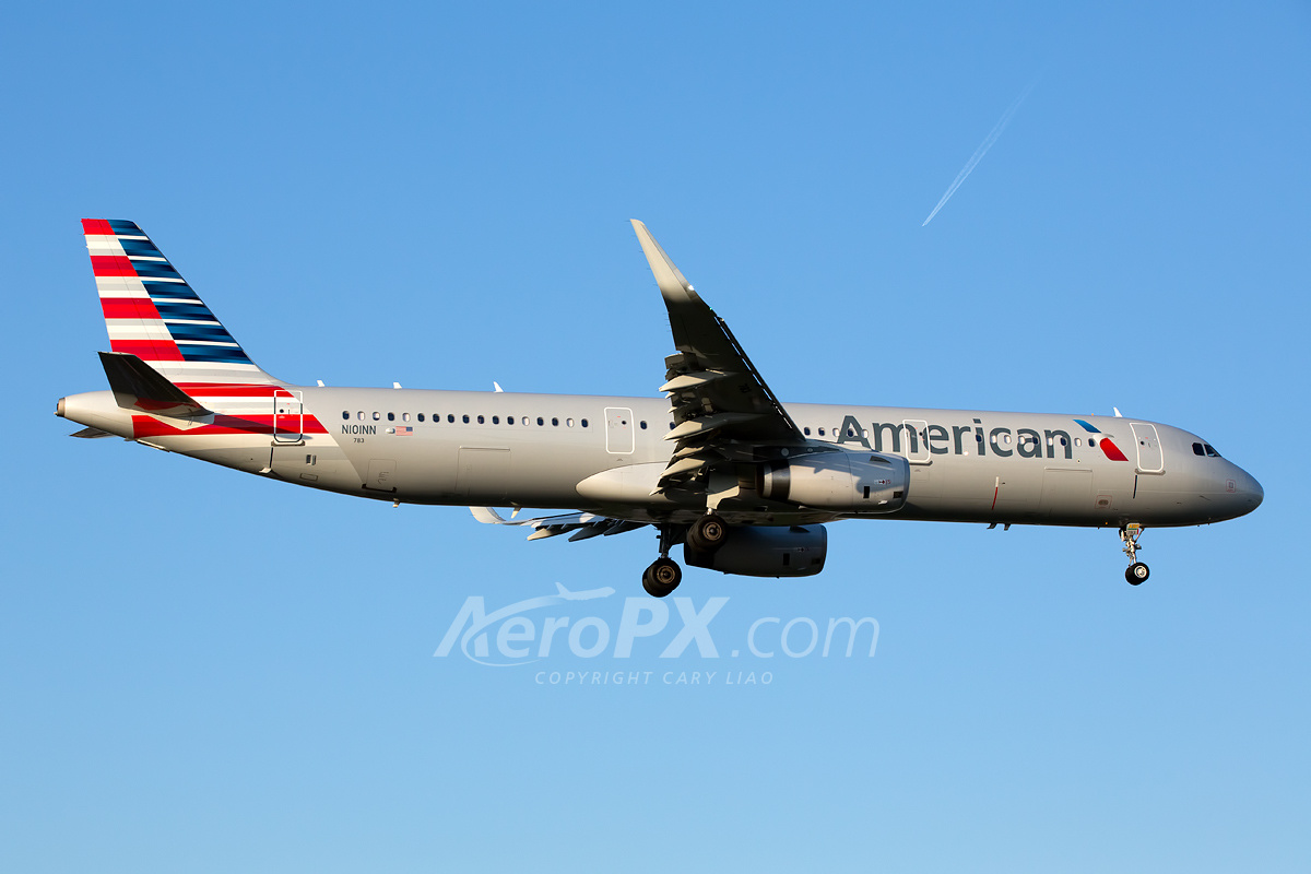 American Airlines Airbus A321-231 N101NN | AeroPX | Aviation